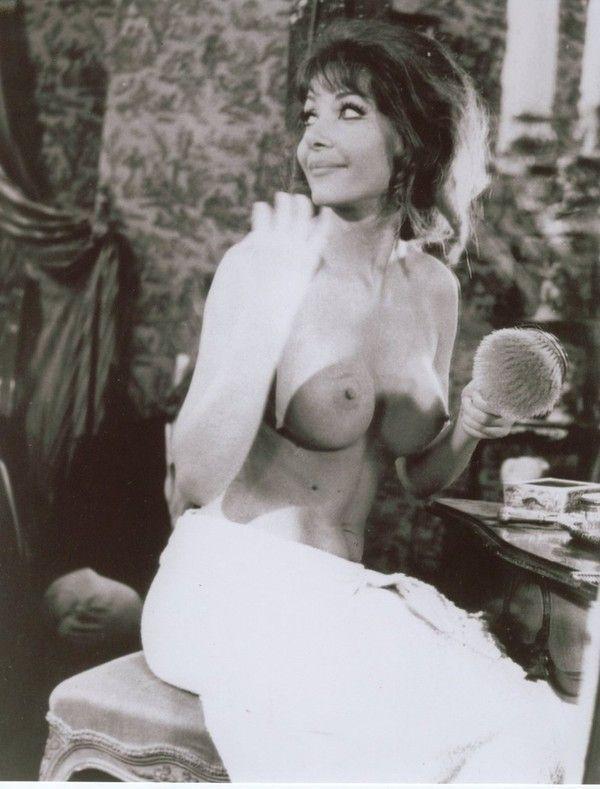 Ingrid Pitt Naked 35